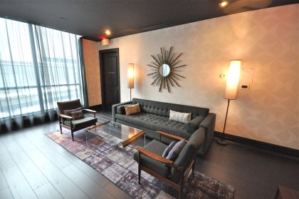 2nd Floor Lounge Area.