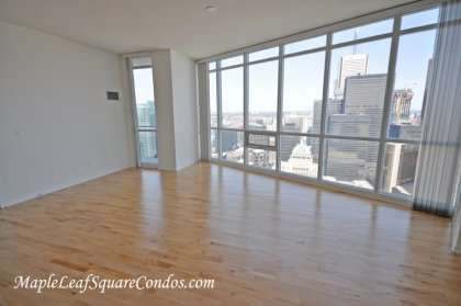 Soaring 10Ft. Ceiling With Wrap-A-Round Windows & Hardwood Flooring Through Out.