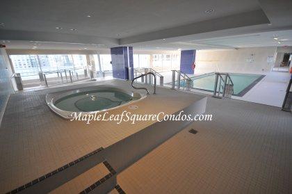 9Th Floor Indoor Pool & Jacuzzi.