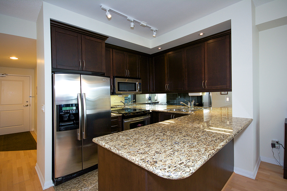 Virtual Tour Of 628 Fleet Street Toronto Ontario Condo Tourvista