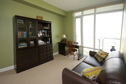 Spacious Sized Bedroom Area With Window Park & Lake Views.