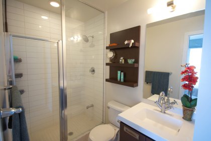 Master Ensuite With a 3-Piece.