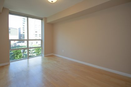 A Spacious Sized Master Bedroom With A Semi Ensuite & Walk-In Closet.