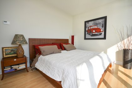 A Spacious Sized Master Bedroom With A 4-Piece Ensuite, Walk-In Closet & Walk-Out Balcony Facing Bright Stunning Unobstructed Lake and Park Views.