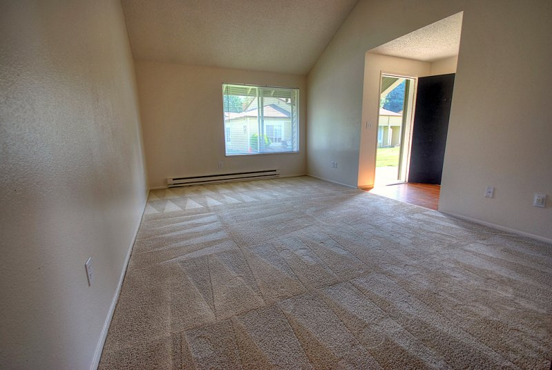 virtual tour of 97 byrd drive steilacoom washington 98388 apartment tourvista. Black Bedroom Furniture Sets. Home Design Ideas