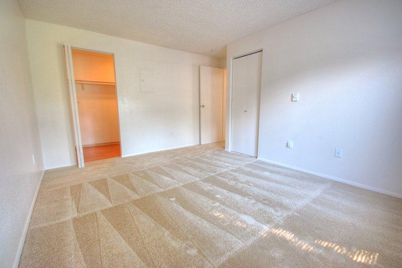 Master bedroom 11x14