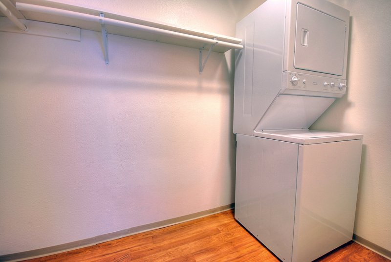 Large Walk In Closet With Washer & Dryer