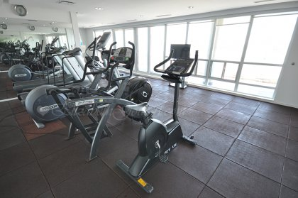 Roof Top Fitness & Weight Areas Overlooking Stunning Lake & Island Views.