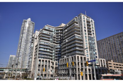 Welcome To The Aqua Condominiums - 410 Queens Quay West. Located Directly Across The Street From Toronto�s Newly Revitalized Harbourfront.