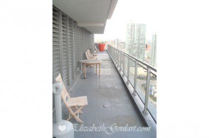 The Exclusive & Scenic 27th Floor SkyGarden With Whirlpools Overlooking Toronto�s Harbourfront & Island Airport.