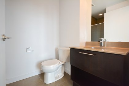Main Bath With A 3-Piece Including Stand-Up Shower.