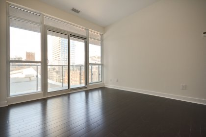 Spacious Sized Master Bedroom With A 4-Piece Ensuite, Walk-In Closet, Walk-Out Balcony & Hardwood Flooring Throughout.