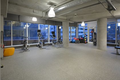 Club Cin�math�que Amenities - Located On The 6th Floor.