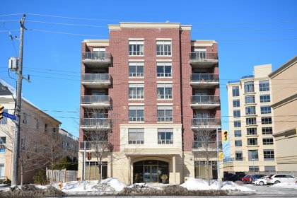 Welcome To The Boutique Prince Edward Condominiums located at 4196 Dundas Street West In Prestigious Affluent �The Kingsway� Neighbourhood.