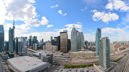 North Unobstructed City & C.N. Tower Views.