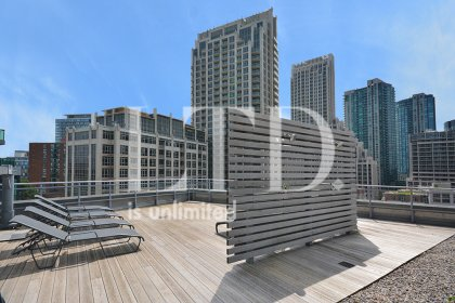 Outdoor Roof Top 7th Floor Amenities Tanning Deck With Showers.