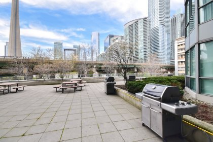 2nd Floor - Outdoor Roof Top Terrace With 4 Barbecues, A Picnic Area & Tanning Deck Facing C.N. Tower Views.