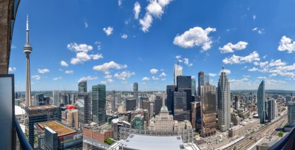 Stunning Unobstructed & Picturesque Toronto's C.N. Tower & Financial District Views.