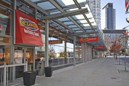 Steps To St. Louis Wings & Bar Restaurant,  Starbucks, Tim Hortons, Banks, Retail Stores & Esthetic Services.