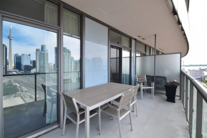 A Huge Private Entertaining Balcony Facing Unobstructed West Sunsets Including C.N. Tower & Lake Views With A Gas Barbecue Hook-Up.