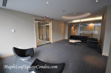 Exclusive Amenities Access To The Lounge Area.
