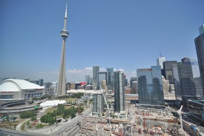 Spectacular CN Tower & City Views.