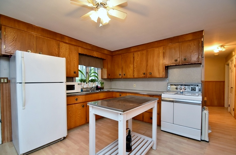 kitchen with cabinets tour of 193 winter brockton massachusetts 22200