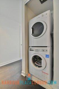 Ensuite Washer/Dryer.