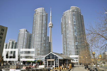 Welcome To The WaterClub Condominiums At 208 Queens Quay West.