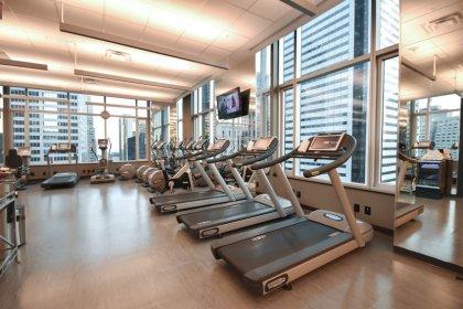 32nd Floor Sky Lobby.