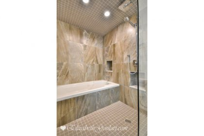 Master Ensuite With A 4-Piece Including A Separate Soaker Tub & A Stand-Up Shower.