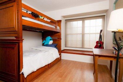 3rd bedroom with built-in window bench.