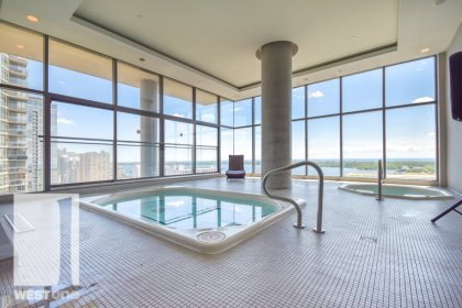 WestOne - Access To The 27th Floor Sky Lounge Indoor Jacuzzis at 11 Brunel Court.