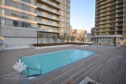 Outdoor Rooftop 10th Floor Amenities.