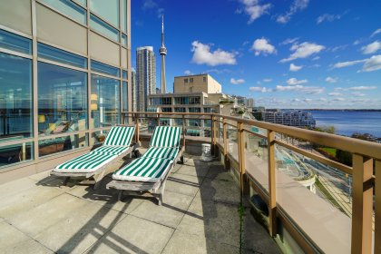 Private South Side Terrace - Enjoy Gardening, Sunbathing, Barbecues, Dinners, Drinks & Family Gatherings Onlooking Spectacular CN Tower & Lake Views.