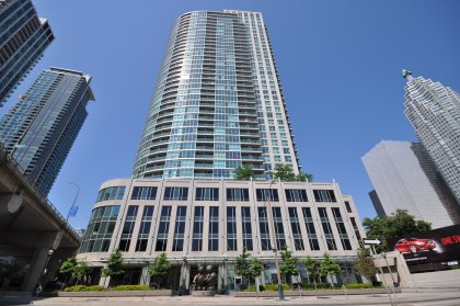 Welcome To 18 Yonge Condominiums.