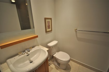 Main Bath With A 3-Piece.