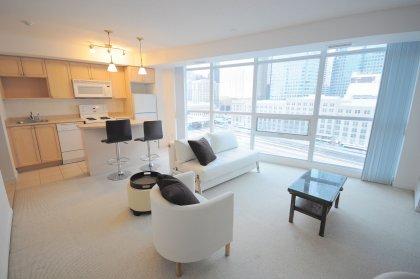 Open Concept Living Areas Facing Toronto's Financial District.