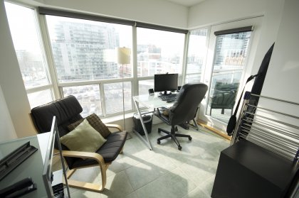 Private Solarium / Office Office With A Walk-Out Balcony Facing Bright West & Lake Views.