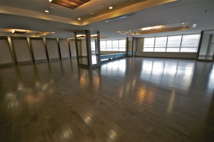 2nd Floor Pinnacle Club - Full Sized Party Room With Separate Lounge,Gourmet Kitchen & Coat Check.