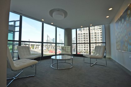 Lounge Area Onlooking The Park & C.N. Tower Views.