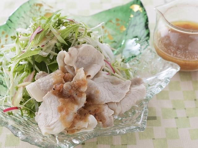 香味野菜と豚肉のしゃぶしゃぶサラダ