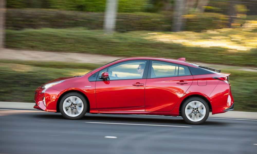 Toyota Chases the Spotlight with Big Game Ad Starring the All-New 2016 Prius