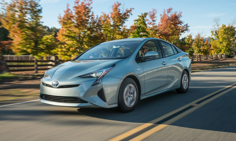 2017 Toyota Prius Liftback Shatters Even the Loftiest of Expectations — Again