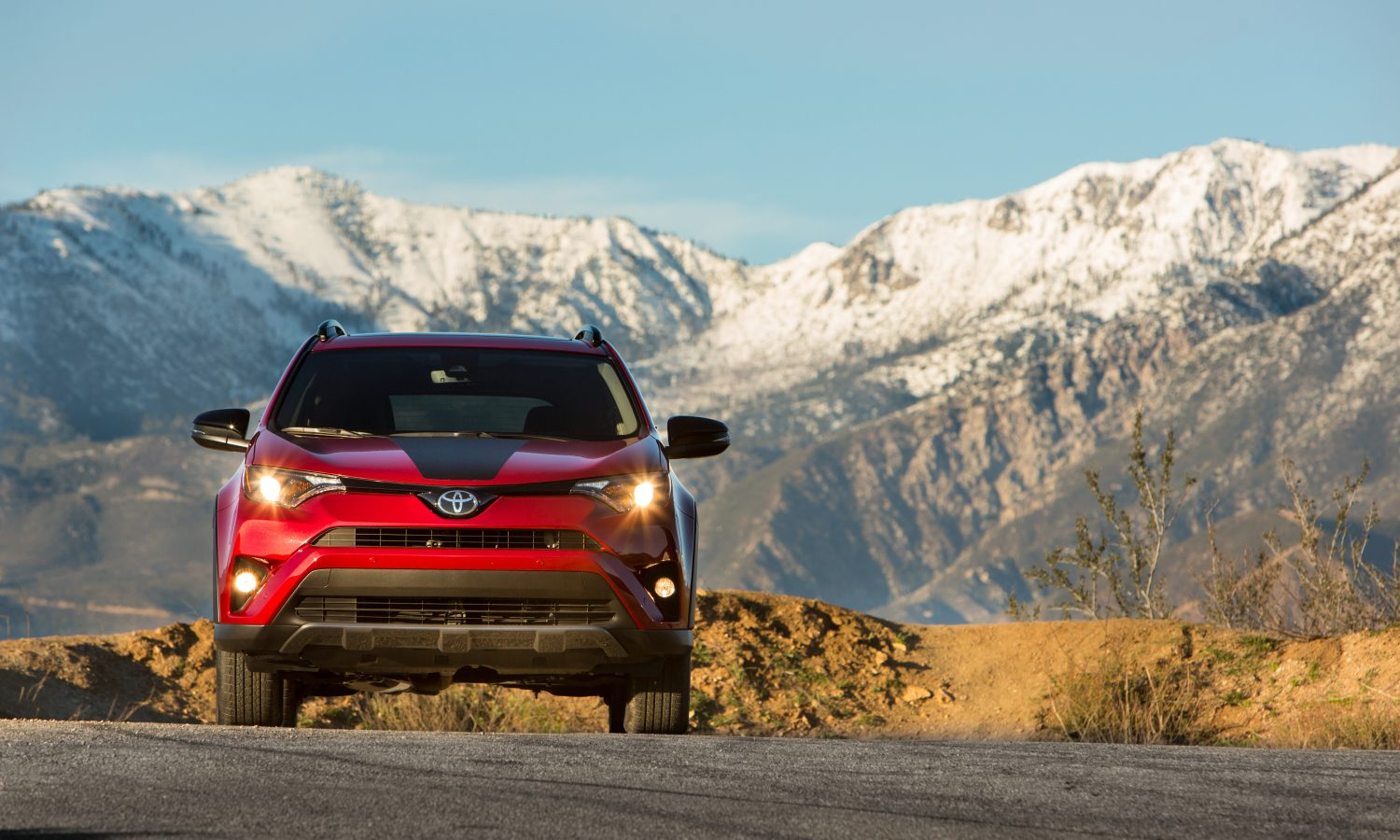 2018 Toyota RAV4 Ready for More Action with New Adventure and LE Hybrid Grades