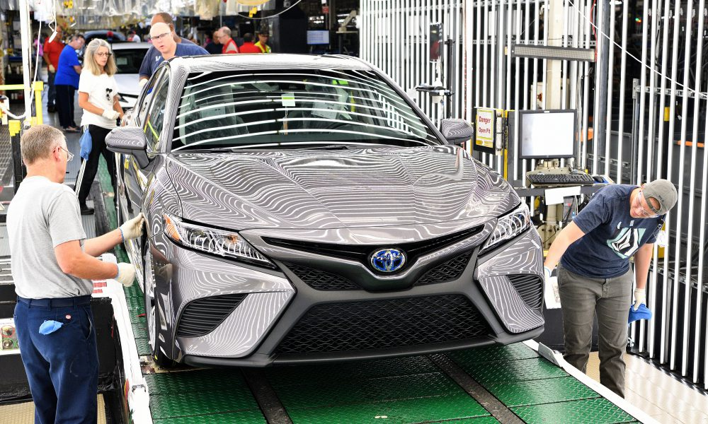 2018 Toyota Camry Lineoff 06