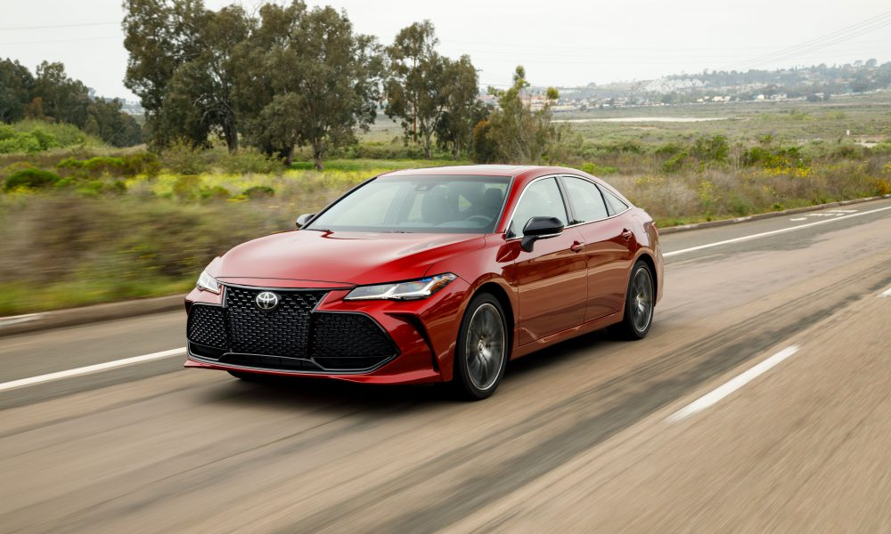 All-New 2019 Toyota Avalon, 2019 Corolla Hatchback, 2018 Camry Take Top Honors at Texas Auto Writers Association's 2018 Texas Auto Roundup