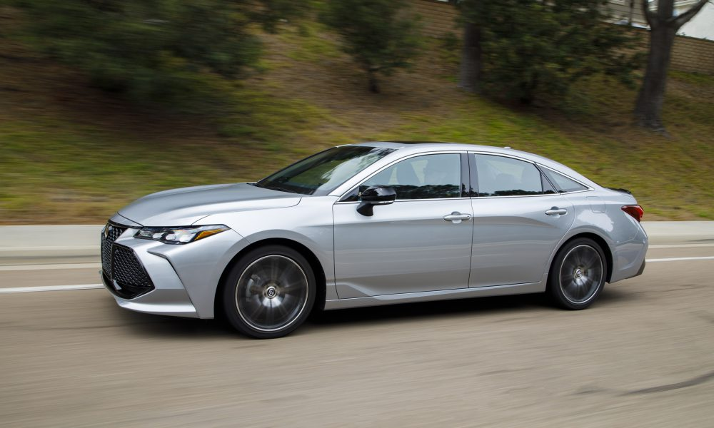 2019 Toyota Avalon All-New XSE 09