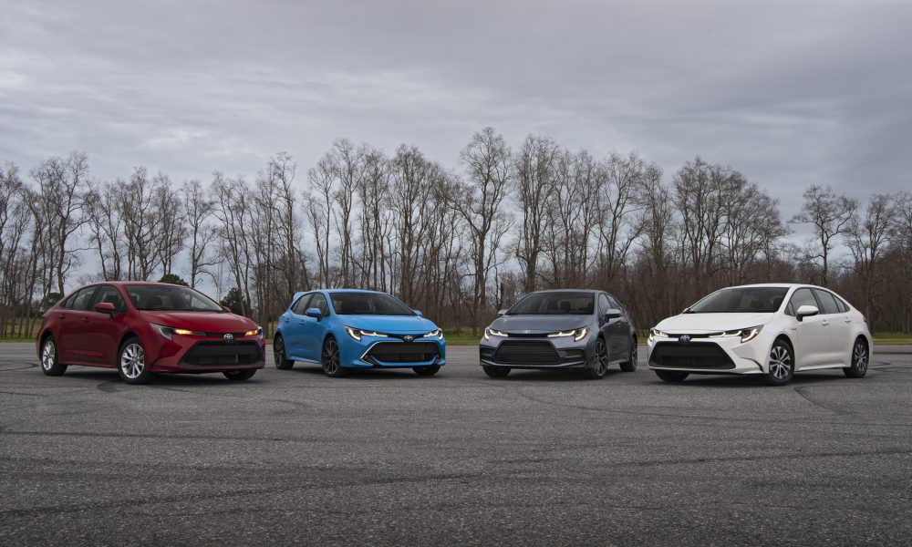 2020 Corolla Group Shot 02