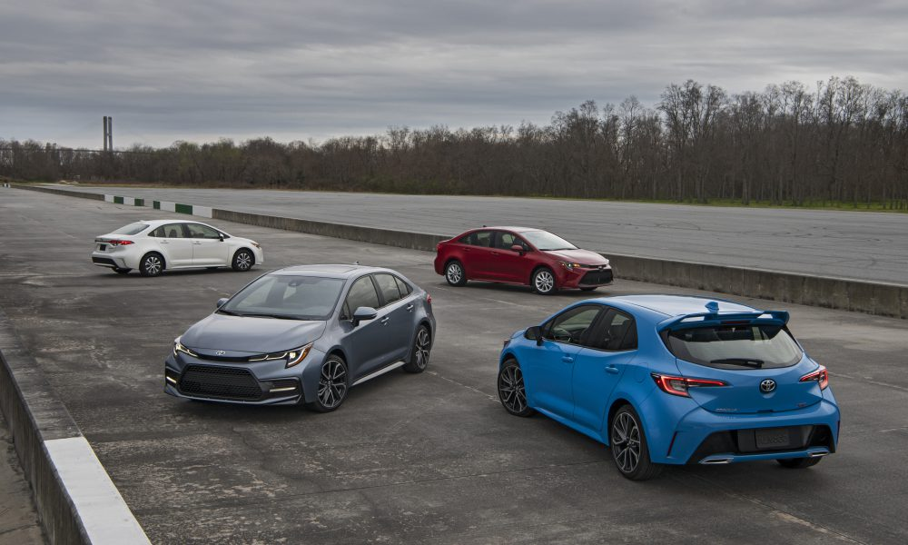 2020 Corolla Group Shot 04